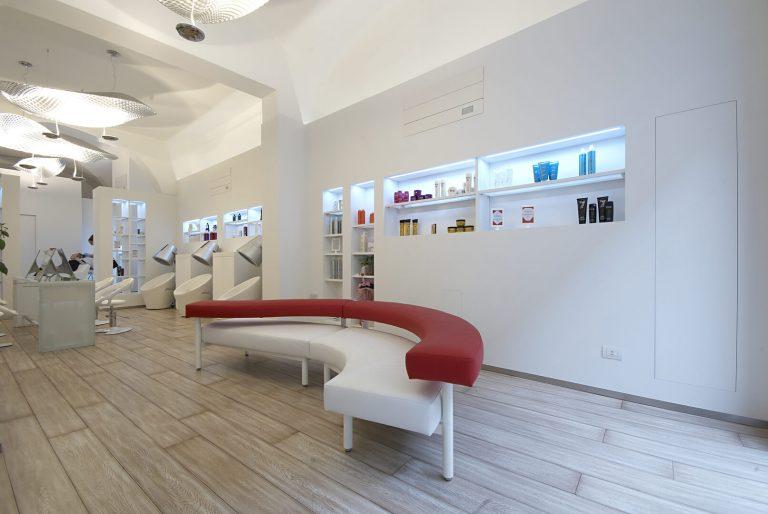 foto di soluzioni combinate negozio chiuse