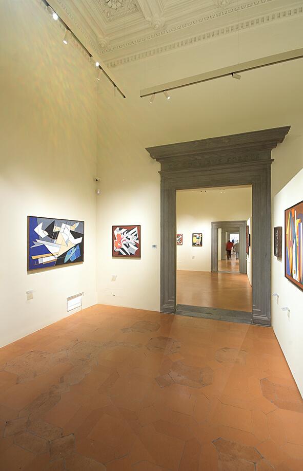 foto di chiusure invisibili raso muro aperte Palazzo Salimbeni