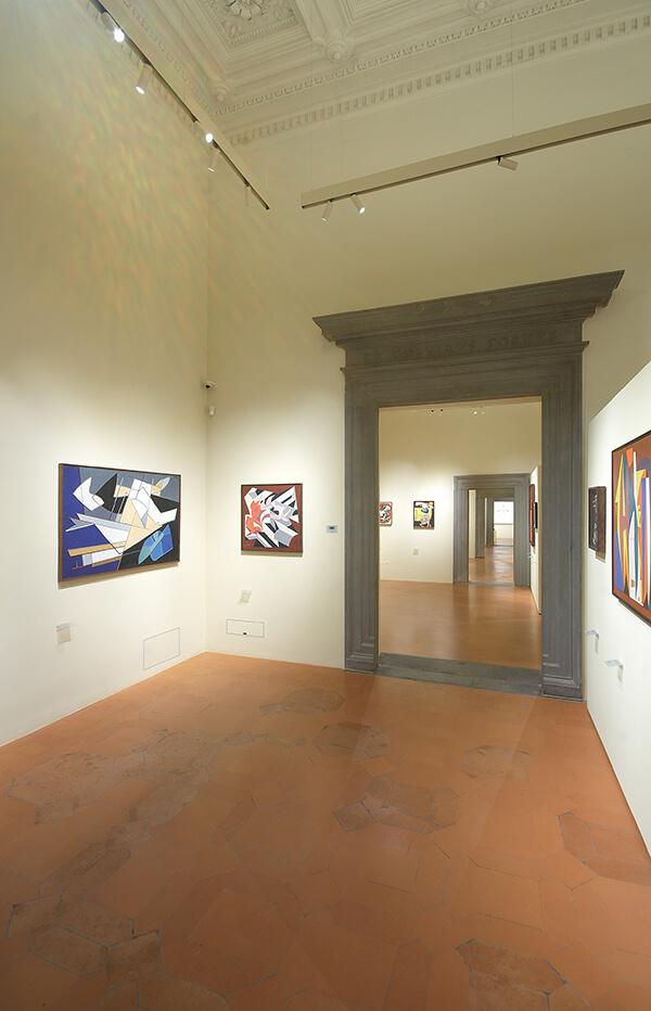 foto di chiusure invisibili raso muro chiuse Palazzo Salimbeni