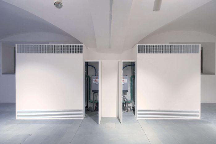 foto di chiusure invisibili sistemi Fantasmino aperto