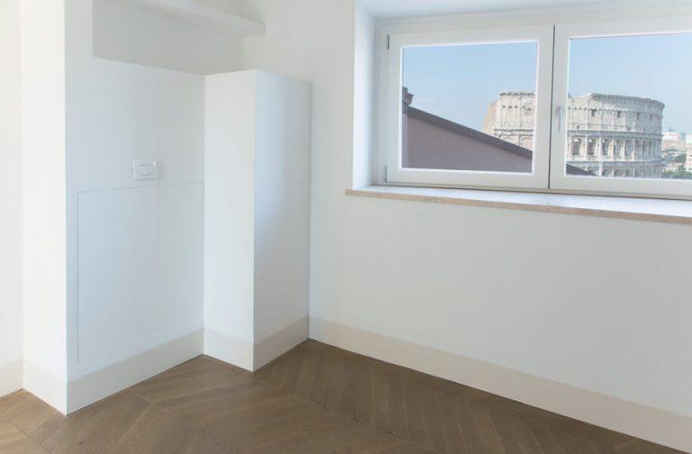 foto di chiusure parete invisibili