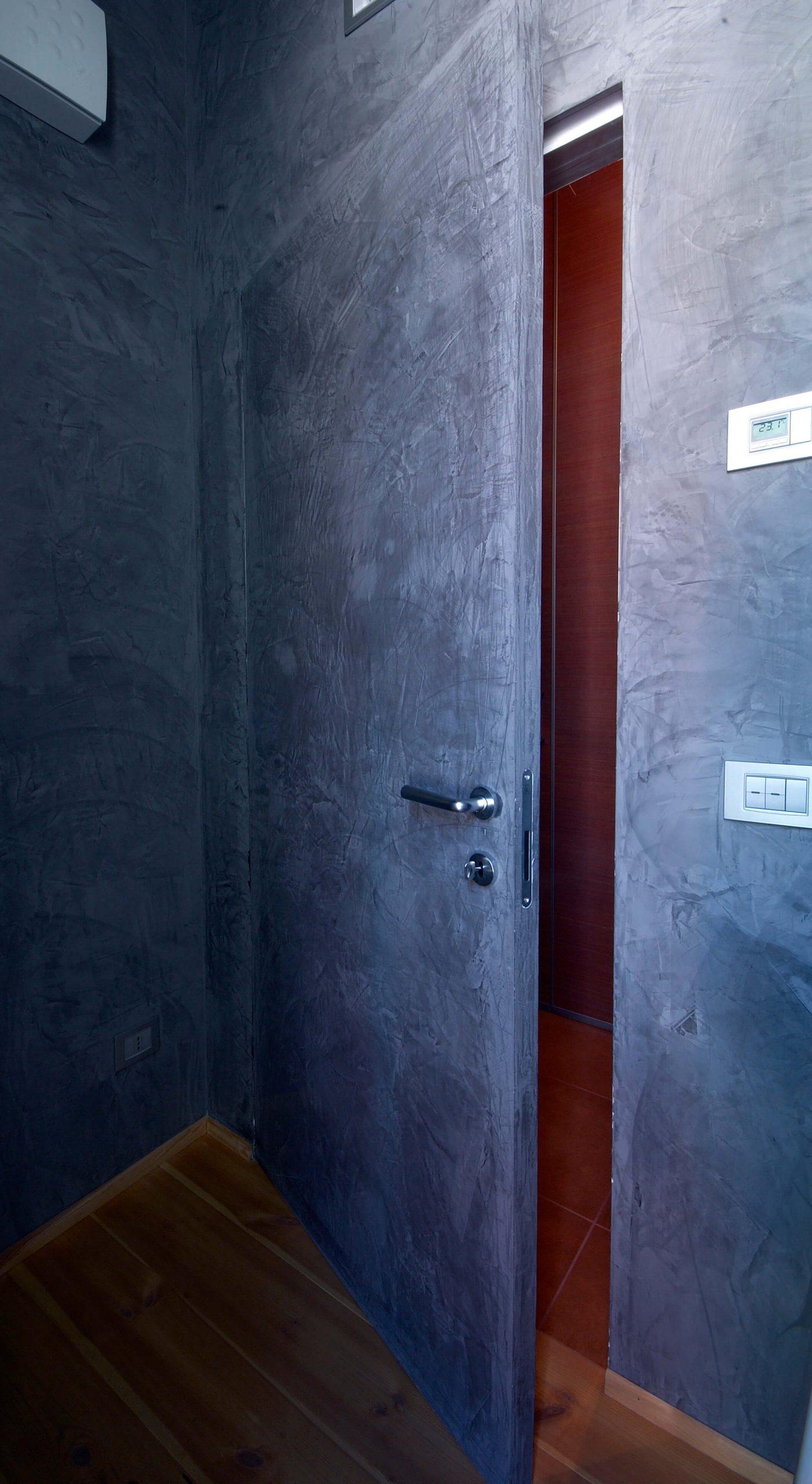 foto Porta filo muro aperta resina