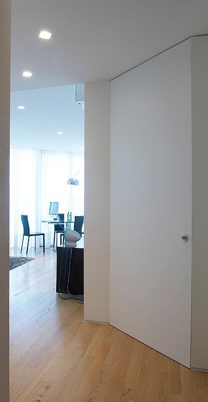 foto porta filo muro alta chiusa